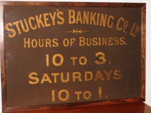 Bank opening times